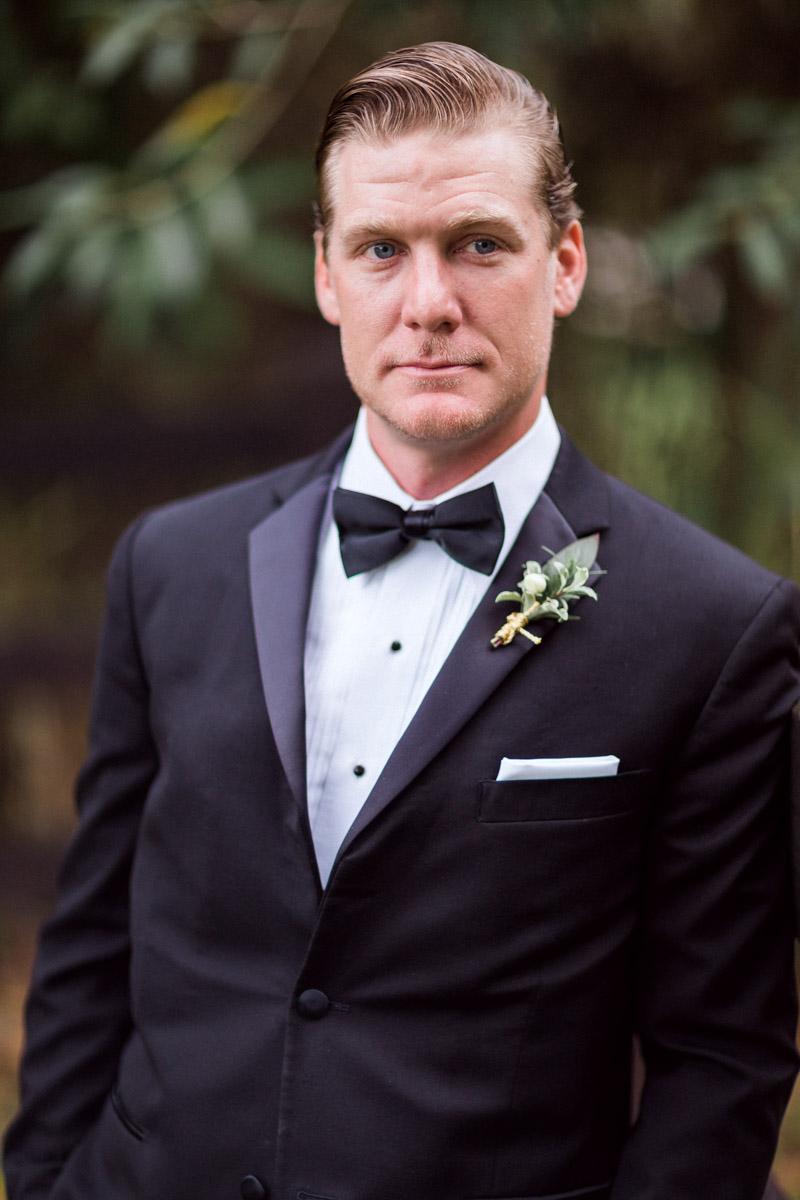 newyearsevewedding-groom