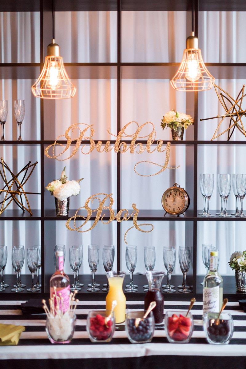 newyearsevewedding-reception-bubblybar-champagne