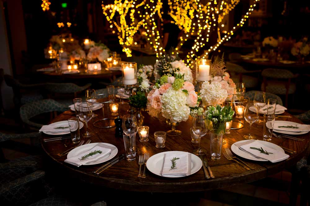 Rustic wedding round table decorations Round table decoration ideas