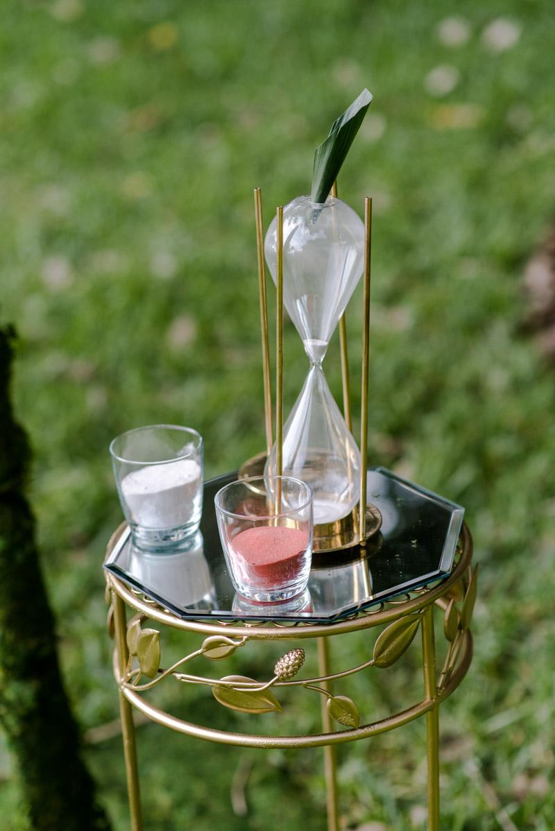 sarasota-outdoorweddinghourglass