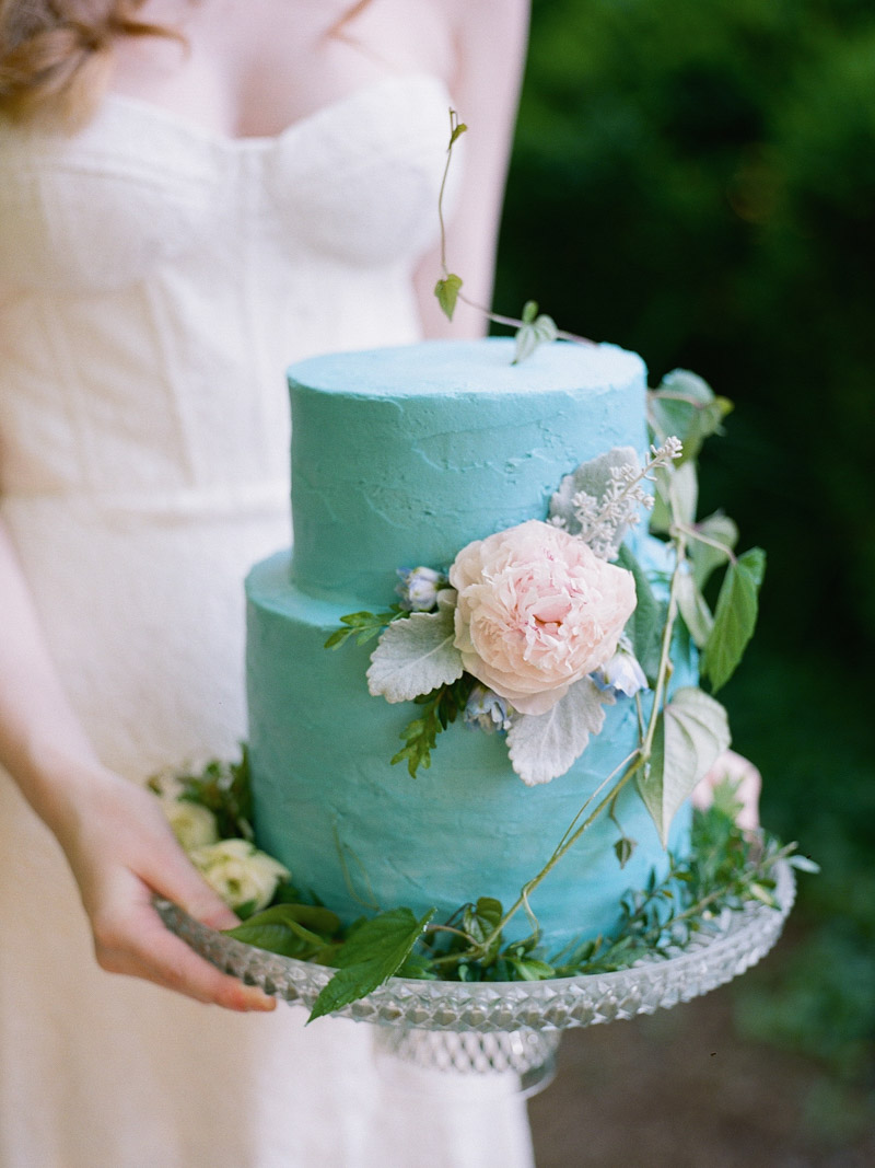 Quot Something Blue Quot Garden Wedding Inspiration The