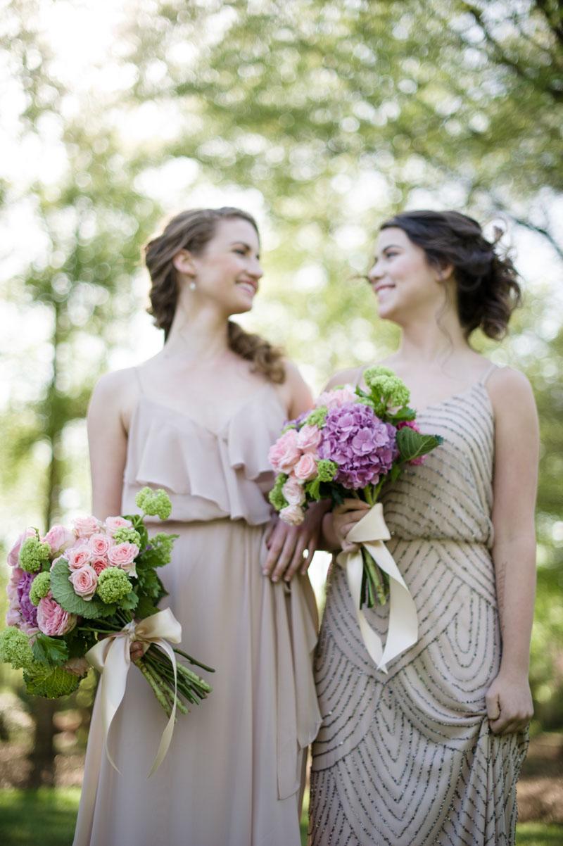 vintageinpiredoutdoor-bridesmaids