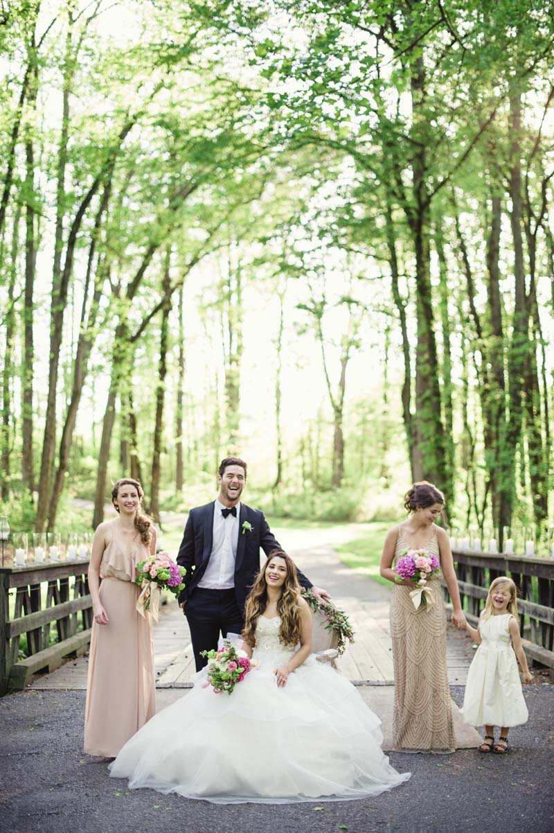 vintageinspiredoutdoor-bridalparty