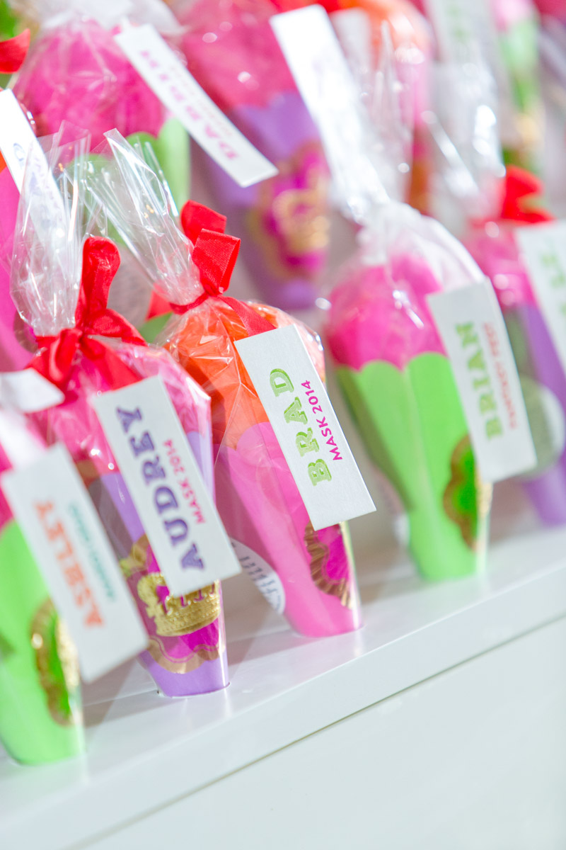 Colorful Party Placecards and Favors
