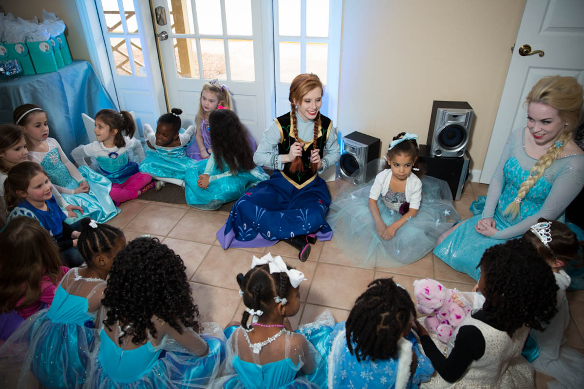 Elsa and Anna Entertainers With Party Guests