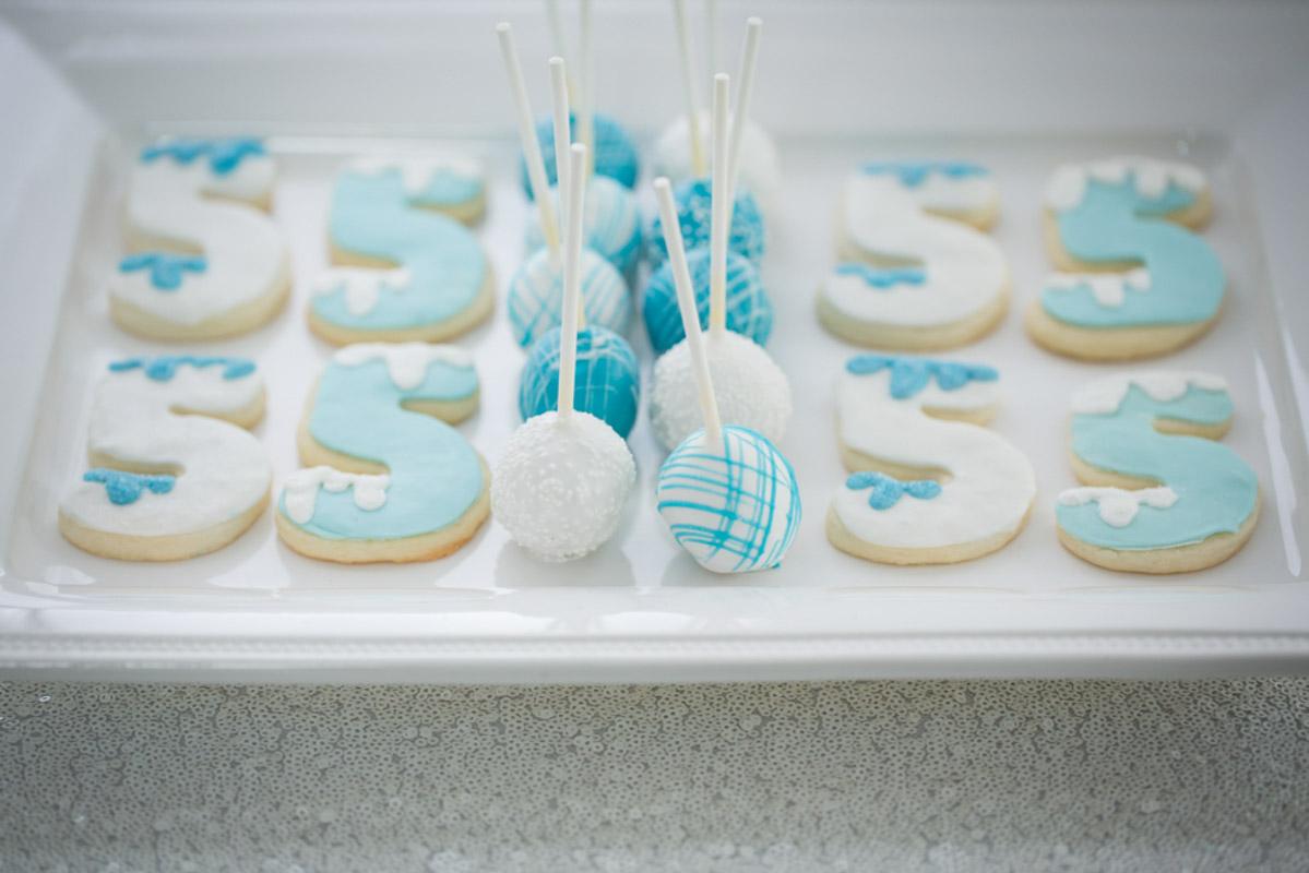 Frozen Cake Pops and Cookies