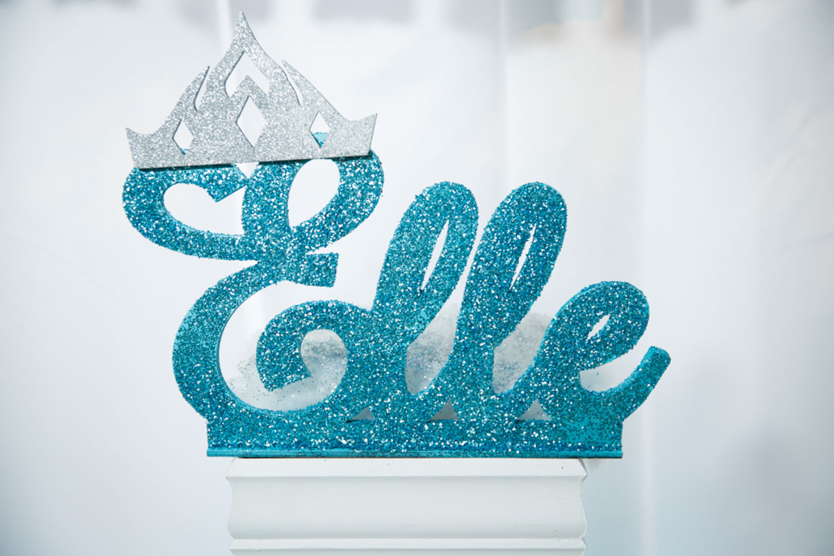 Frozen Themed Party Decor