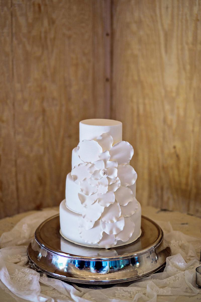 Simple White Wedding Cake_