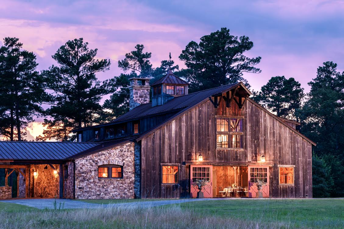 The Sandy Creek Barn Ritz Carlton Lodge At Reynolds Plantation