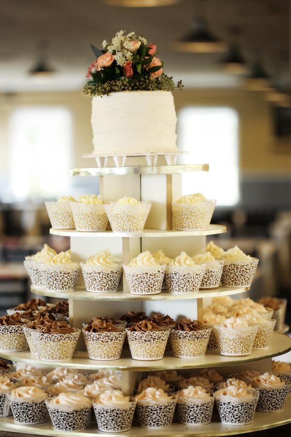 chocolate and vanilla cupcake tower