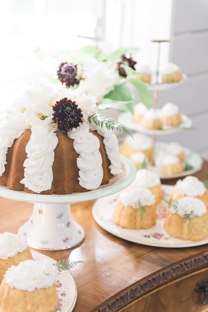 elegantsouthernvintage-cake