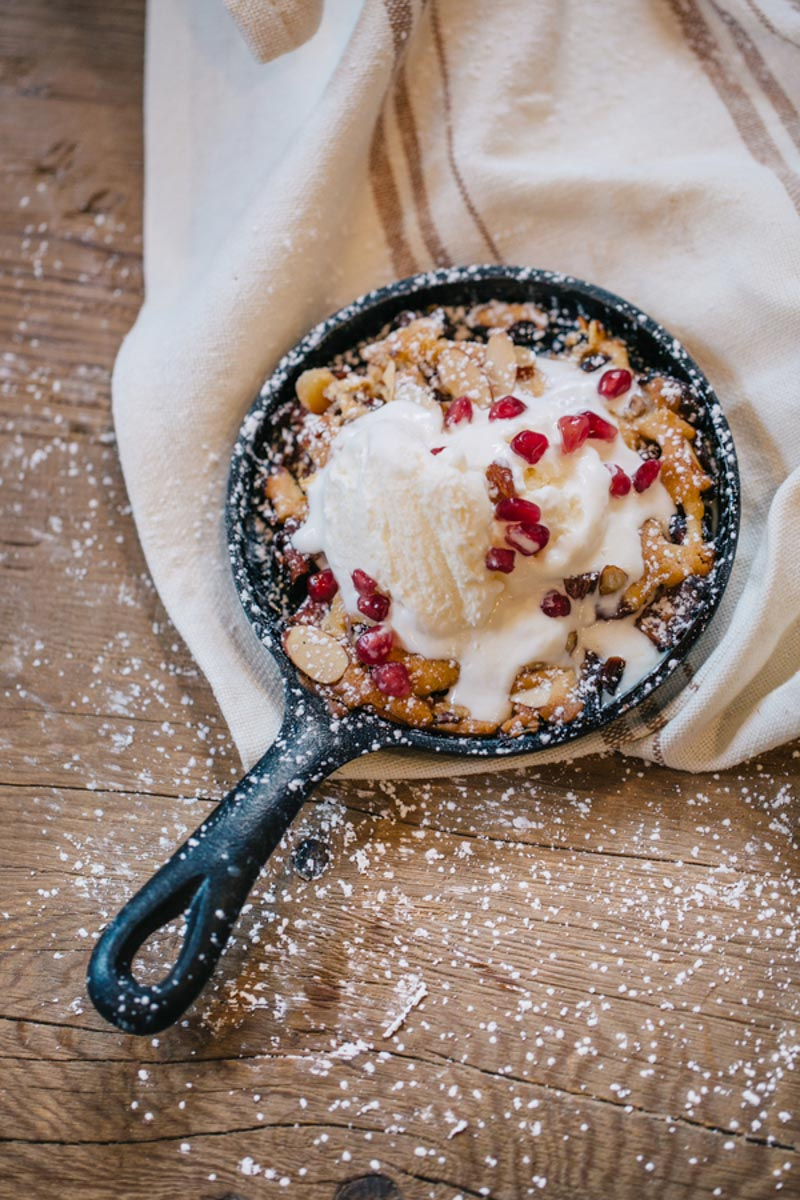 pomegranate and vanilla skillet dessert