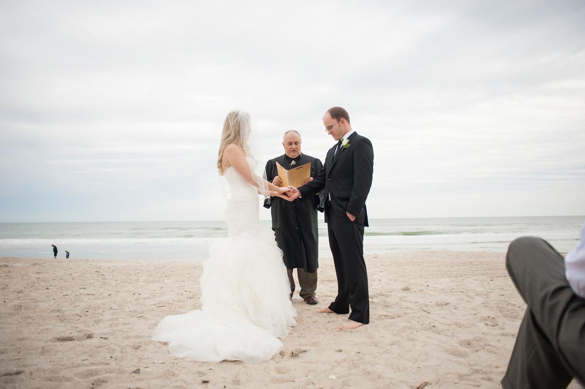 An Oceanside New Year\'s Eve Wedding on Amelia Island, Florida - The ...