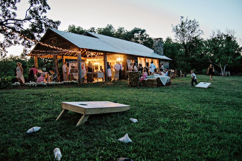 A Chaming Southern Wedding at The Barn on Belmont in ...