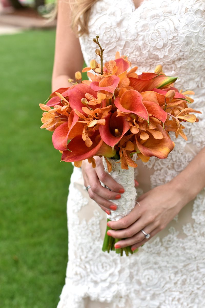 SouthernEstateWeddingVibrantCallaLilyBouquet