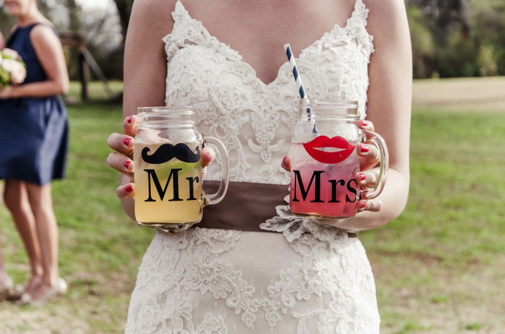personalized mr and mrs mason jars for wedding reception
