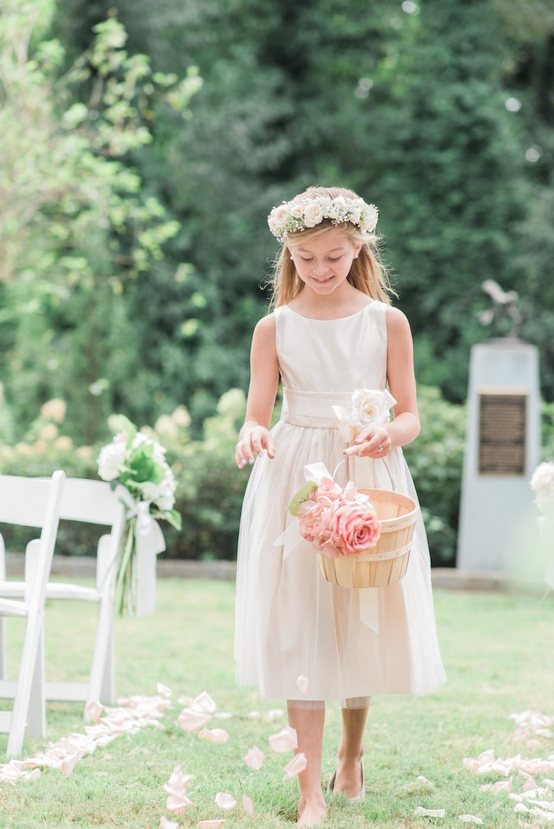 CallanwoldeGardenWeddingFlowerGirl
