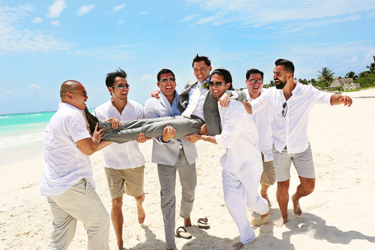 Groom & Groomsmen on Beach_