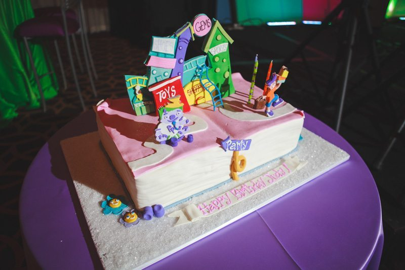 childrens book themed cake