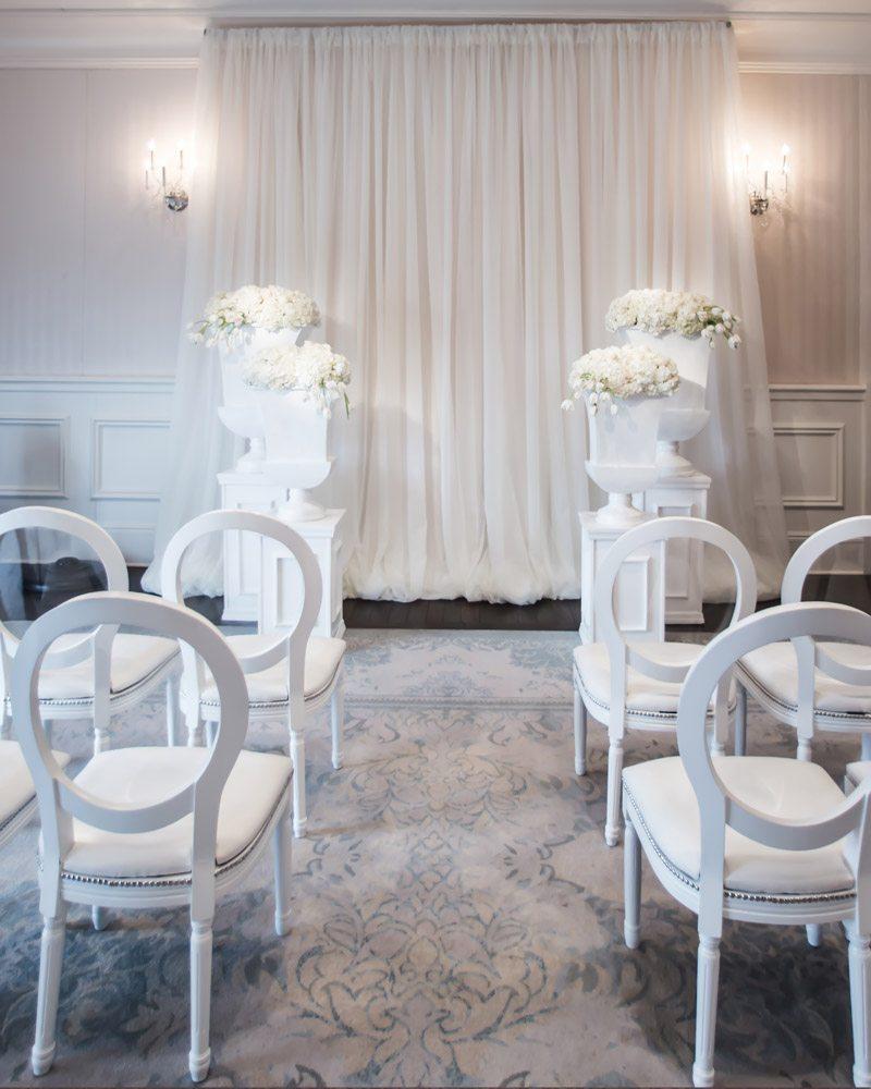 CEremony Seating Janet_Howard_Studio_WhiteWedding022