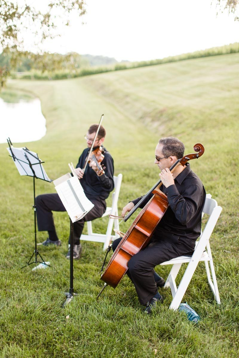 Ceremony musicians playing cello and violin