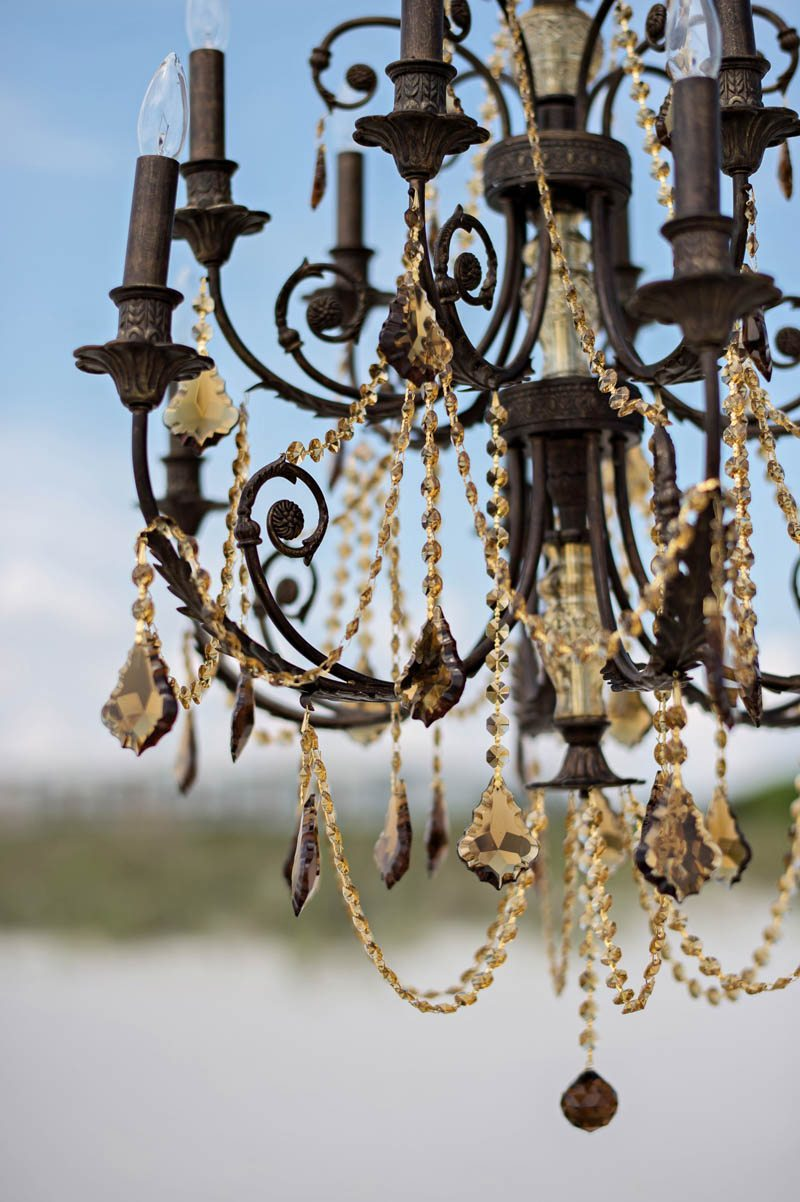 Chandelier close up__Kristen_Weaver_Photography_KW48396
