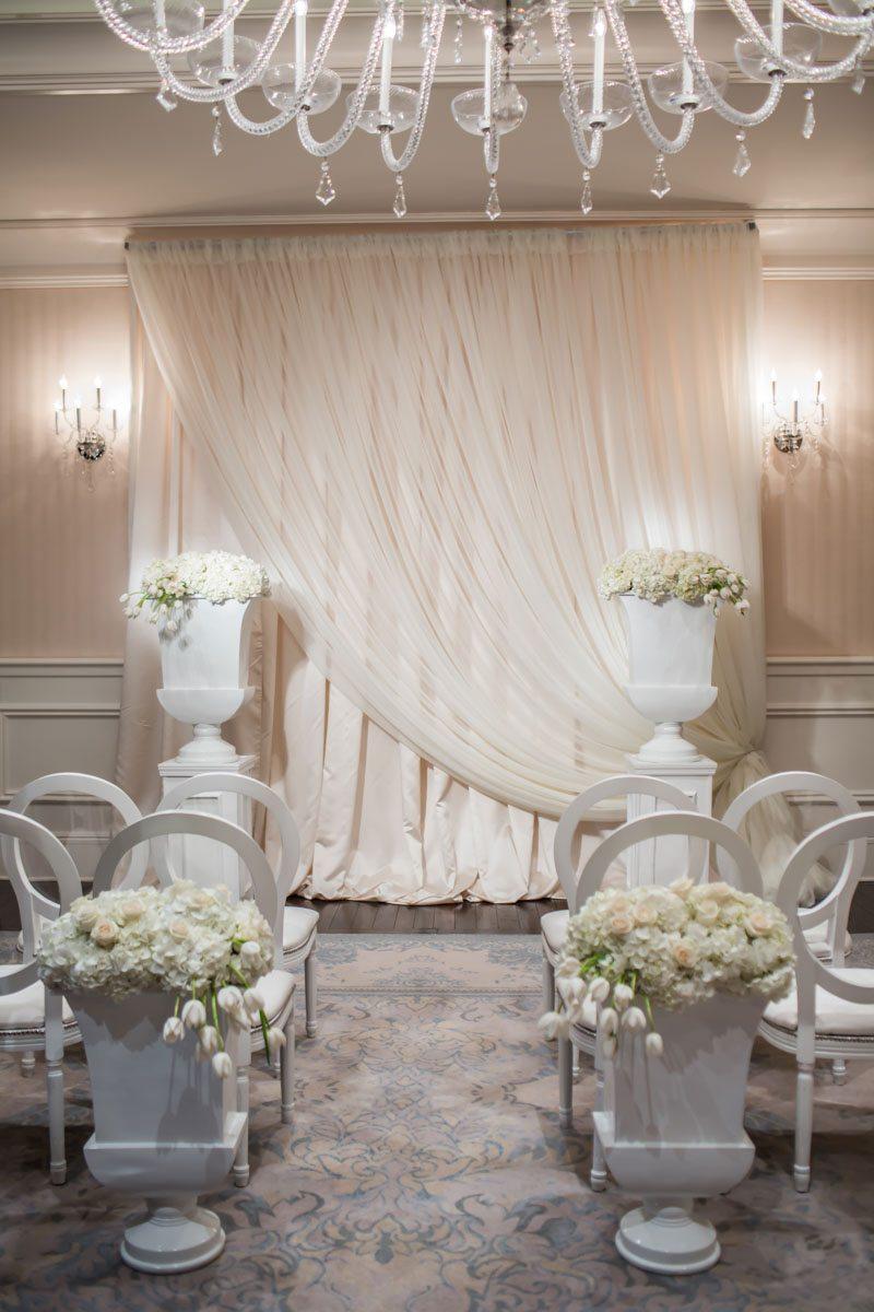 Close up of Ceremony Alter Area Janet_Howard_Studio_WhiteWedding098