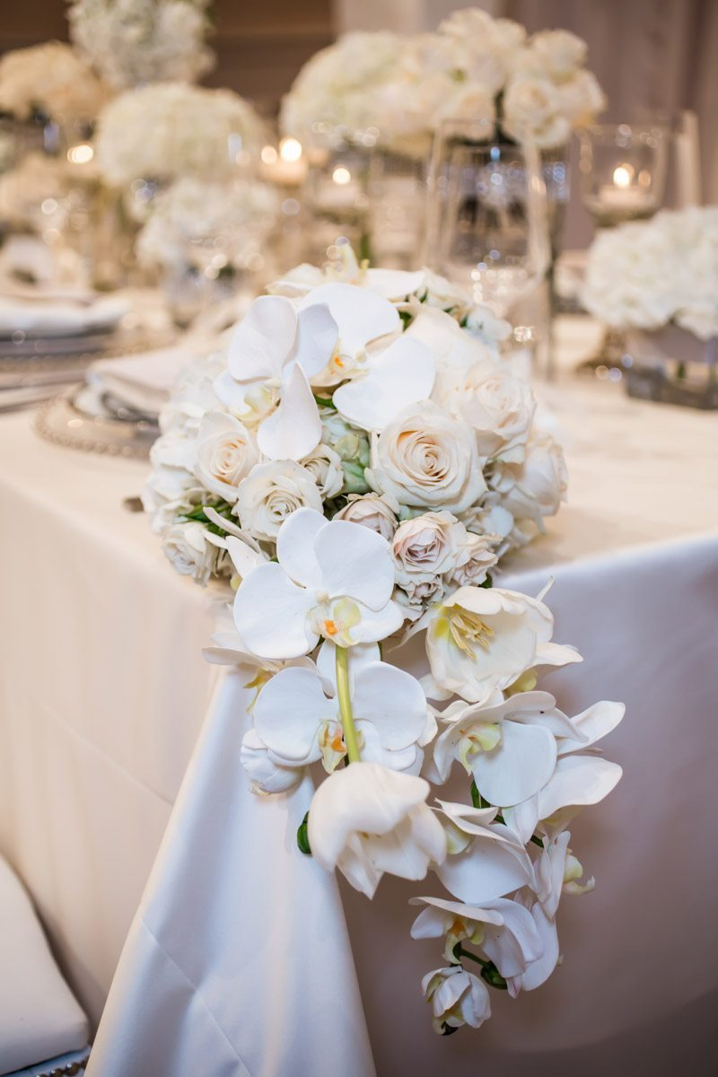 Close up of Table End Decor anet_Howard_Studio_WhiteWedding326