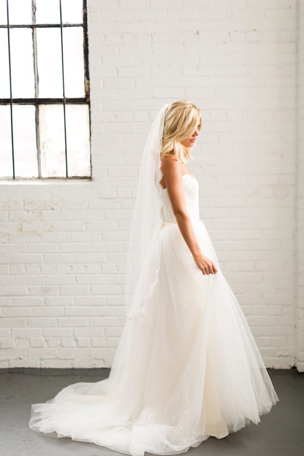 Colorful Cost Comparison Summer Wedding InspirationTCSSummer_04062016RusticWhite053-3