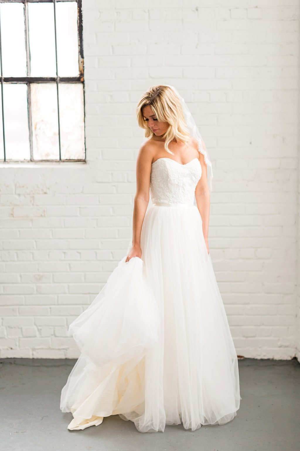 Colorful Cost Comparison Summer Wedding InspirationTCSSummer_04062016RusticWhite054-3
