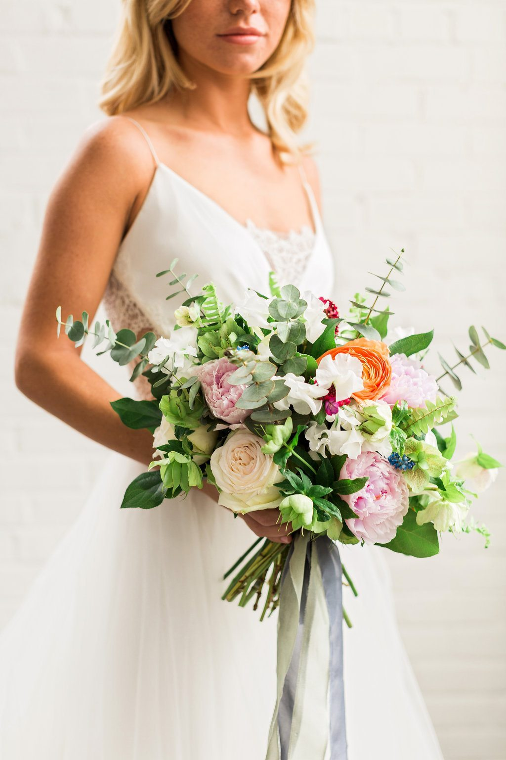 Colorful Cost Comparison Summer Wedding InspirationTCSSummer_04062016RusticWhite066-2