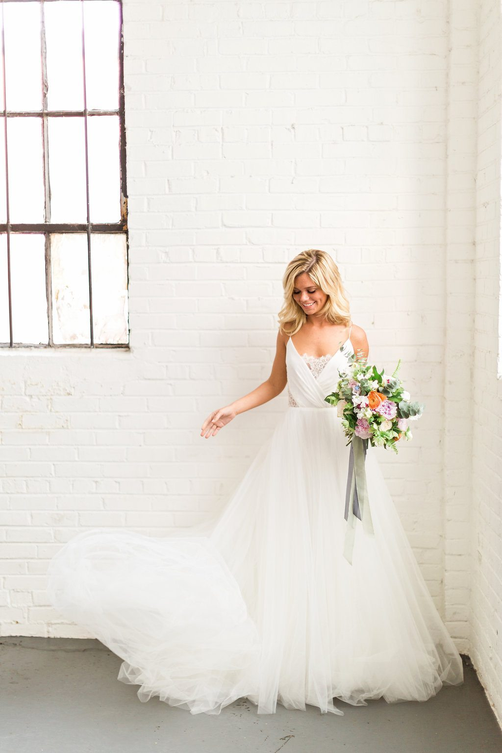 Colorful Cost Comparison Summer Wedding InspirationTCSSummer_04062016RusticWhite083-2