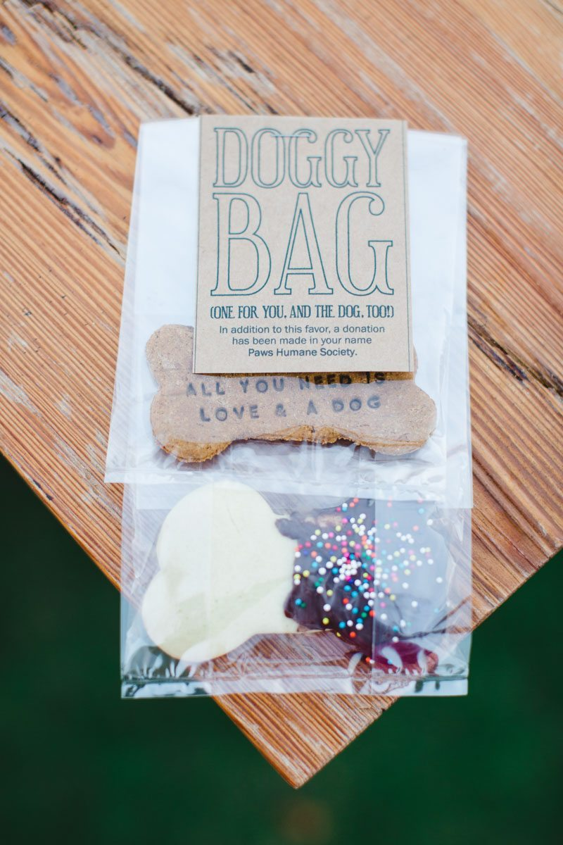 Doggy bag wedding favor ErinStephan_563