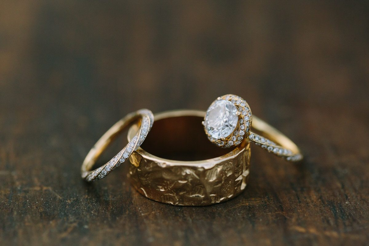 _Hammered Gold Wedding Band