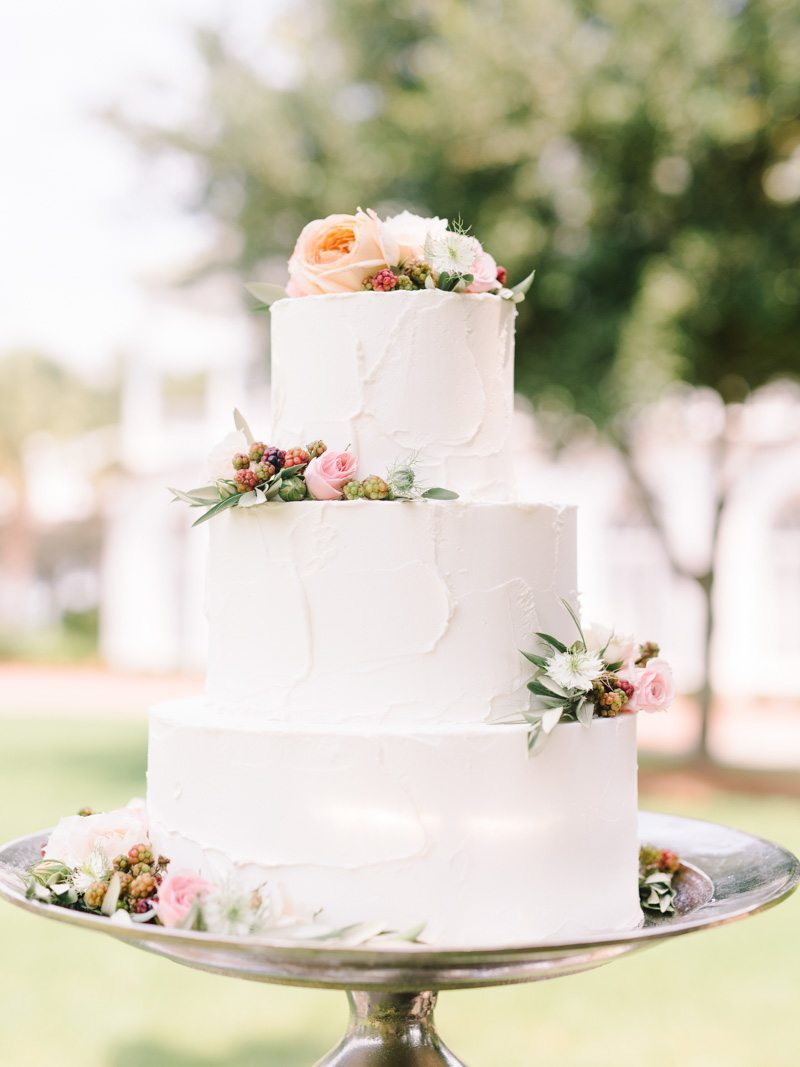 White Wedding Cake with Real Flowers Lowcountry Love Charleston Styled Shoot ppplowndesgrove-10