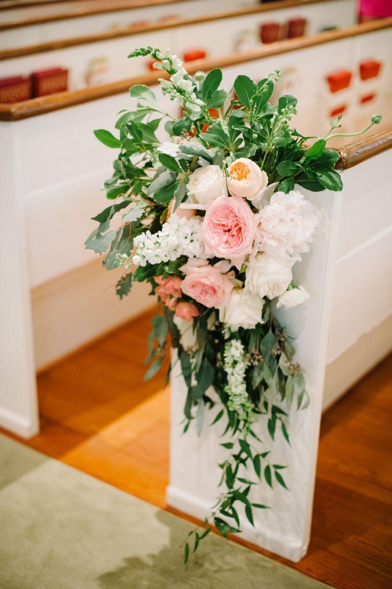 church pew floral decor Boaen_Smith_Britt_Croft_Photography_smithSUBMIT4
