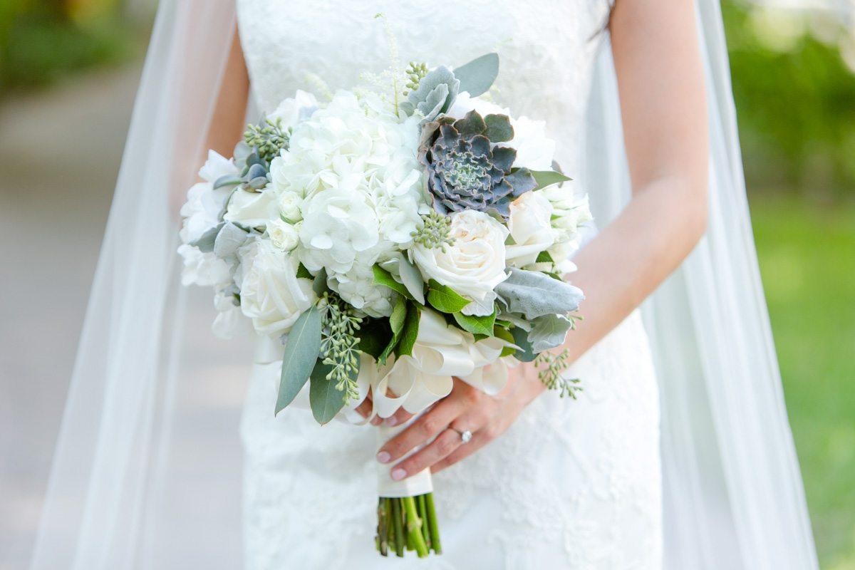 Bridal bouquet Tsou_Nealon_Set_Free_Photography_LaPlayaWeddingNaplesPhotographerFloridaSetFreePhotography1278