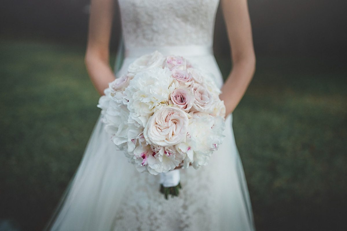 Bride Boquet - Tara Tomlinson Photography