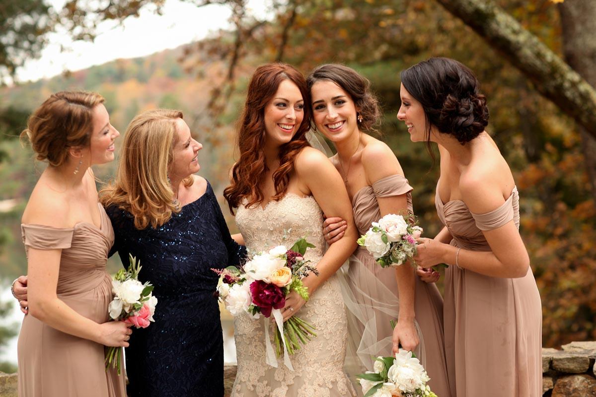 Bride and Bridesmaids - Love Like Wedding