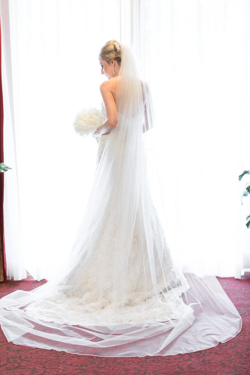 Bride before ceremony - Victoria_Angela_Photography_20130525calderonfizer0092