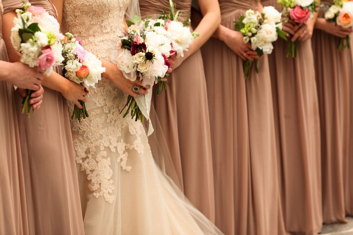 Bridesmaids Dresses and Bouquets - Love Like Wedding