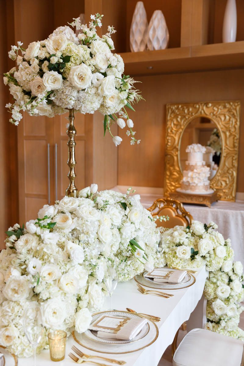 Centerpiece table decor
