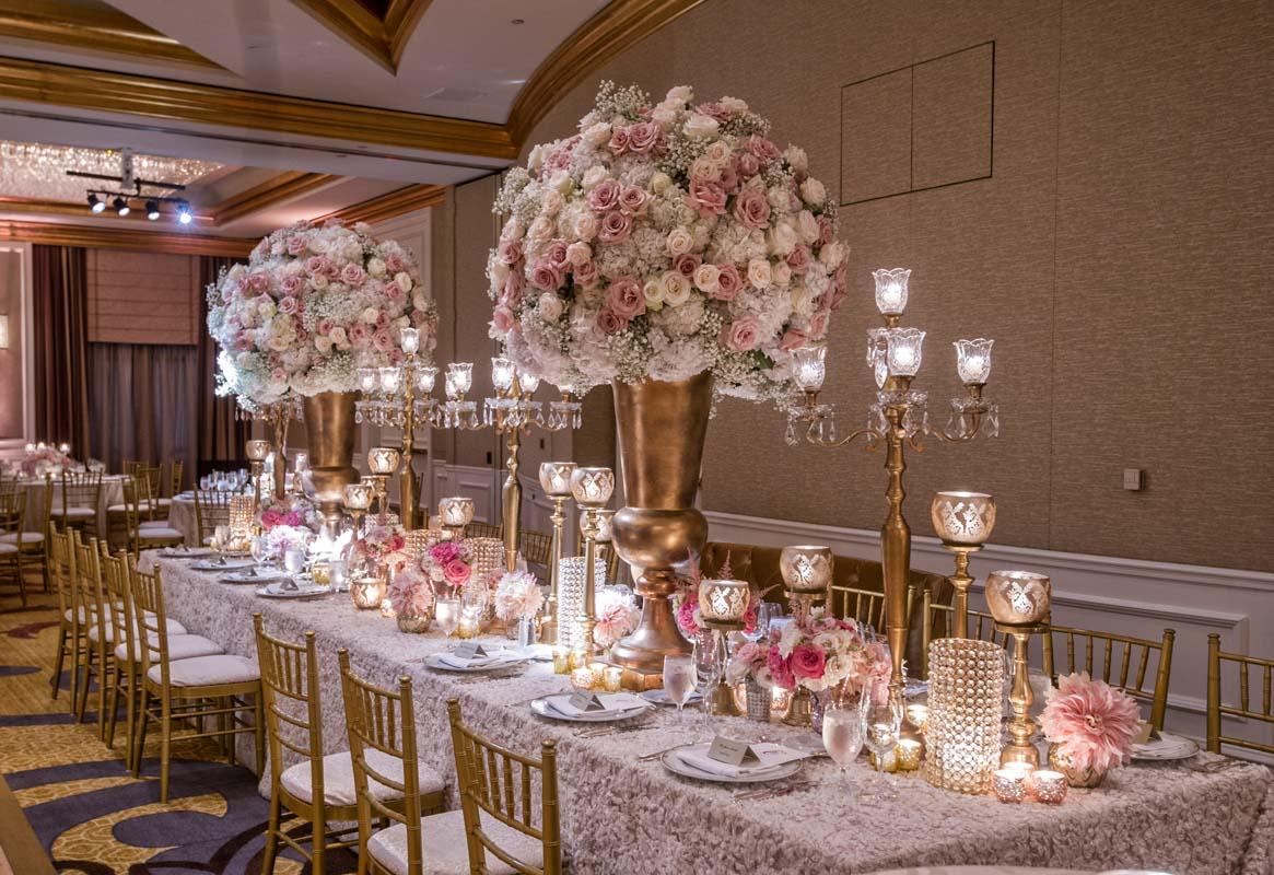 Centerpieces floral blush tables Callaway_Cook_Moreland_Photography_Cook5801