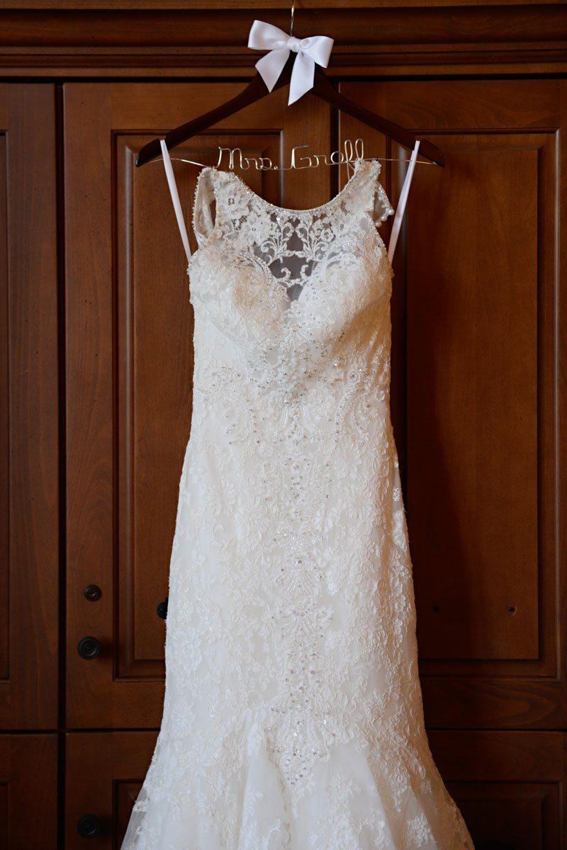 Dress hanging A_0005