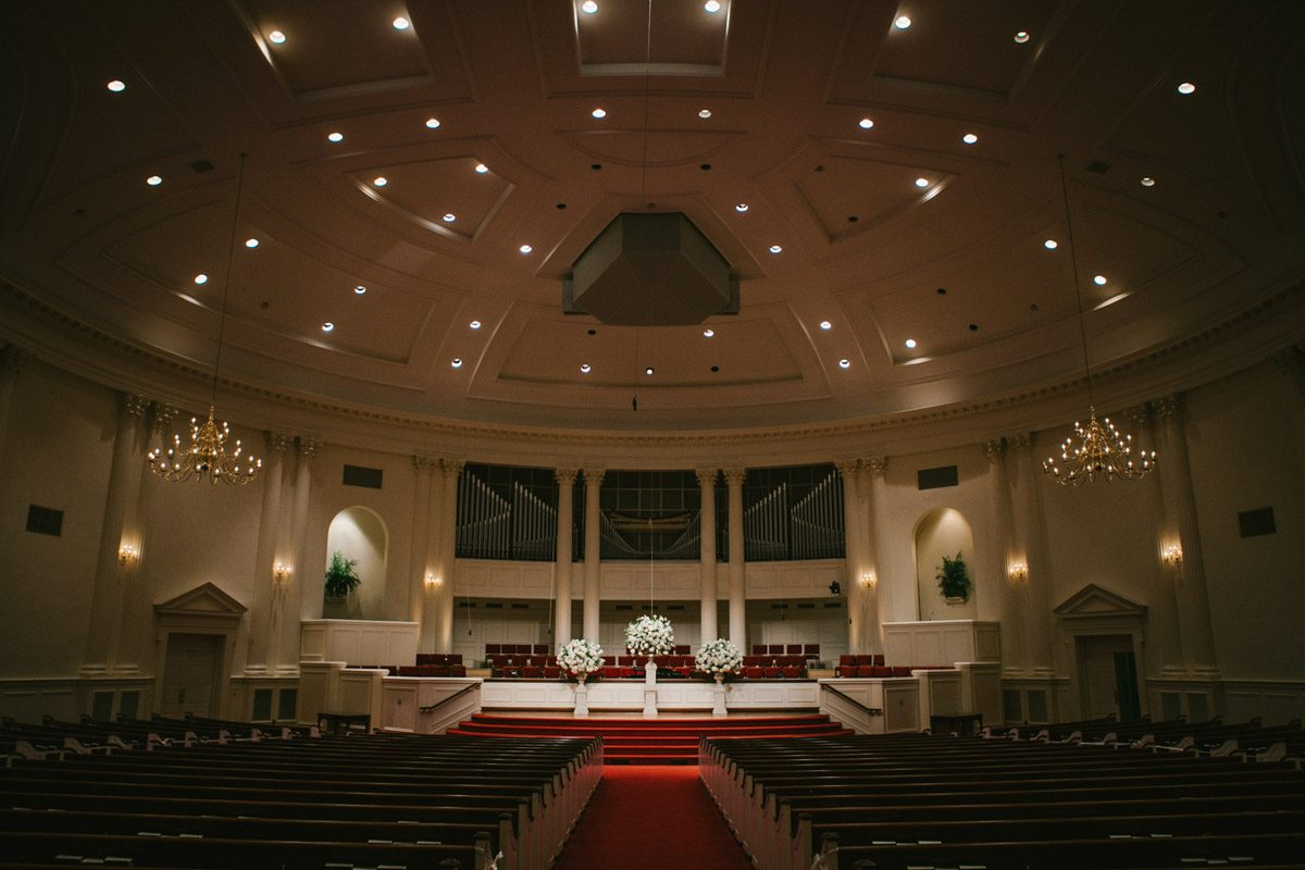 _Indoor church long shot of venue katelyntaylor-0059