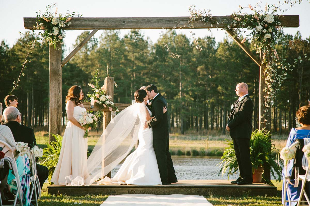 Kiss the bride ansleycarson-0609