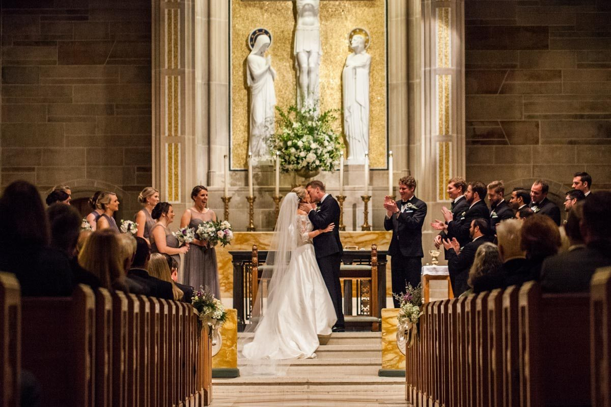 Kiss the bride in the cathedral Beavor_Case_Sharon_Theresa_Wheaton_20151114sharontheresawheaton1118