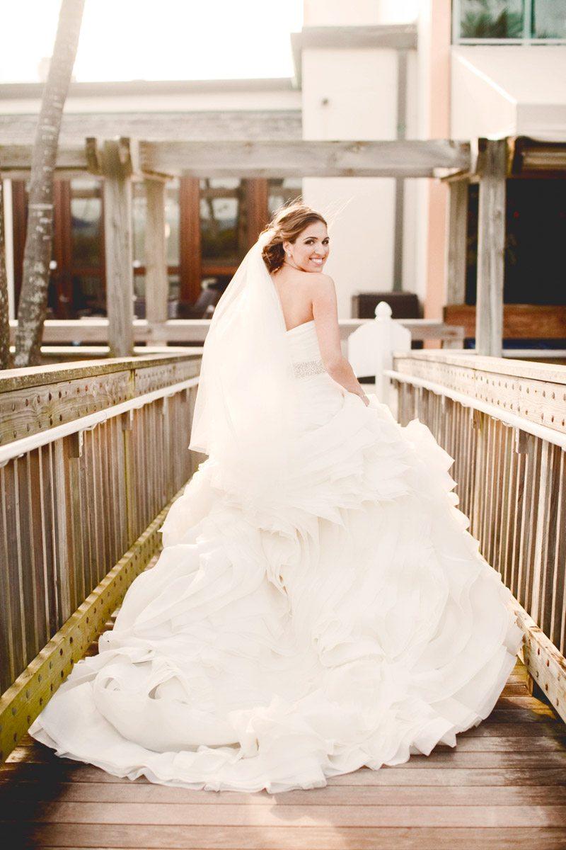 Mariolka wedding dress back