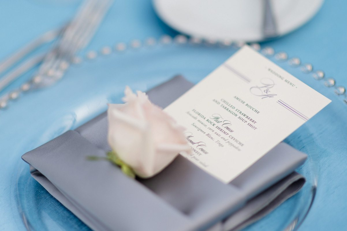 _Menu close up gray linen and rose Diaz_Gonzalez_Kathy_Thomas_Photography_KathyThomasPhotographyGonzalez41