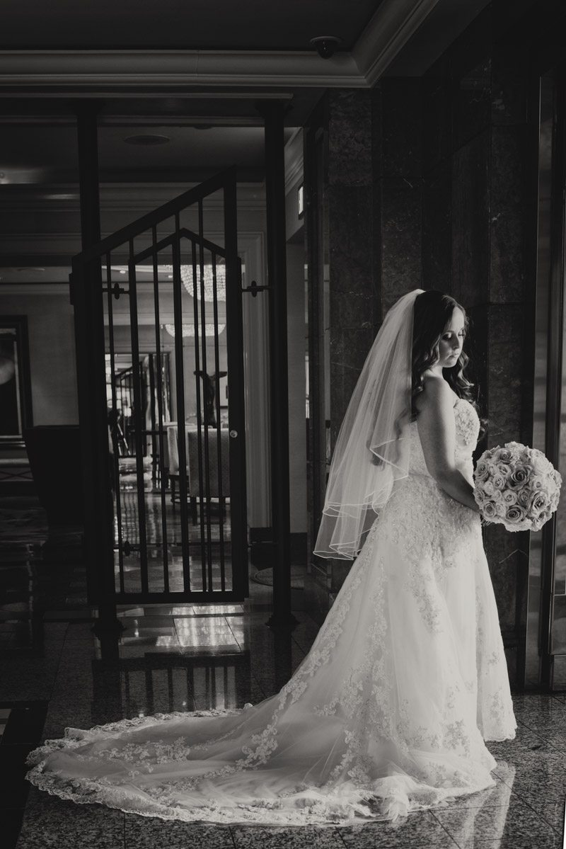 Veil and bride black and white Callaway_Cook_Moreland_Photography_Cook1831